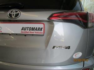 Toyota RAV4 2.0 GX - Image 24