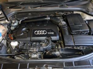 Audi A3 Sportback 1.8 Tfsi AMB Stronic - Image 17