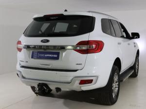 Ford Everest 3.2 Tdci LTD 4X4 automatic - Image 2