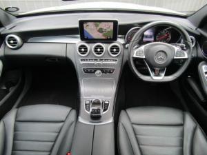 Mercedes-Benz AMG C43 4MATIC - Image 13