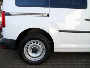 Volkswagen CADDY4 Crewbus 2.0 TDi - Image 3