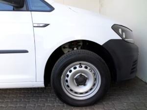 Volkswagen CADDY4 Crewbus 2.0 TDi - Image 5