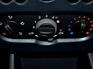 Nissan NP200 1.6P/U Single Cab - Image 19