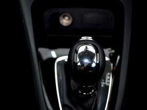 Renault Captur 1.2T Dynamique EDC 5-Door - Image 24