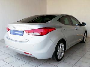 Hyundai Elantra 1.8 GLS - Image 3