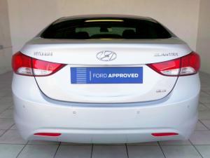 Hyundai Elantra 1.8 GLS - Image 8