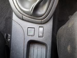 Renault Clio 66kW turbo Blaze - Image 9