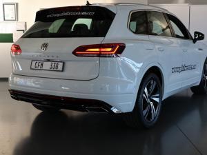 Volkswagen Touareg 3.0 TDI V6 Executive - Image 5
