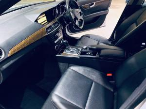 Mercedes-Benz C180 BE Classic automatic - Image 9