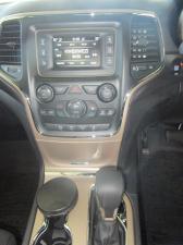Jeep Grand Cherokee 3.0 CRD Laredo - Image 9