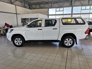 Toyota Hilux 2.4 GD-6 SRX 4X4 automaticD/C - Image 2
