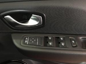 Renault Clio 88kW turbo GT-Line - Image 16
