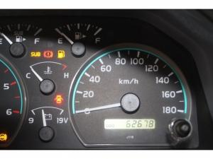 Toyota Land Cruiser 79 4.2DS/C - Image 11