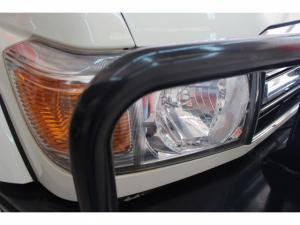 Toyota Land Cruiser 79 4.2DS/C - Image 15