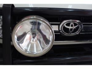 Toyota Land Cruiser 79 4.2DS/C - Image 17