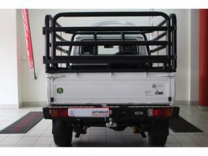 Toyota Land Cruiser 79 4.2DS/C - Image 2