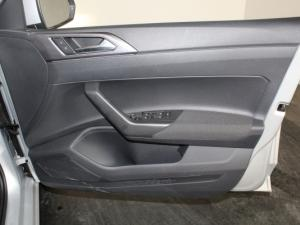 Volkswagen Polo 1.0 TSI Highline - Image 15