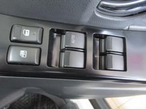 Isuzu D-MAX 300 LX automatic D/C - Image 7
