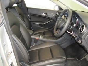 Mercedes-Benz CLA200 automatic - Image 7