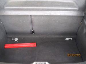 Renault Clio IV 900 T Dynamique 5-Door - Image 11