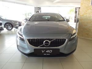 Volvo V40 T3 Momentum auto - Image 2