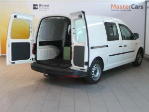 Volkswagen CADDY4 Maxi Crewbus 2.0 TDi - Image 10