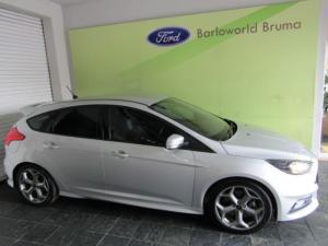 Ford Focus 2.0 Ecoboost ST1 - Image 4