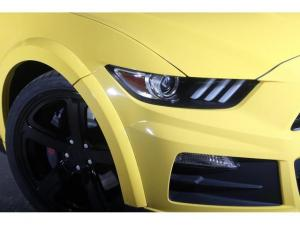 Ford Mustang 5.0 GT fastback - Image 4