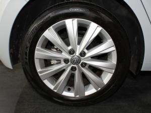 Volkswagen Polo 1.0 TSI Comfortline DSG - Image 21