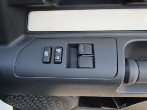 Toyota L/CRUISER FJ 4.0 V6 Cruiser - Image 12