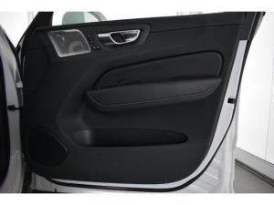 Volvo XC60 D4 AWD Inscription - Image 13