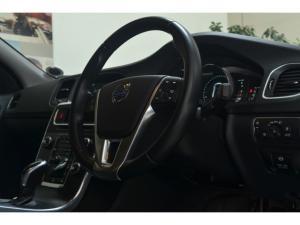 Volvo S60 T5 Elite - Image 10