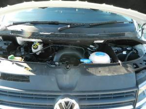 Volkswagen T6 Kombi 2.0 TDi DSG 103kw - Image 6