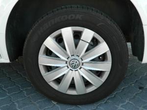 Volkswagen T6 Kombi 2.0 TDi DSG 103kw - Image 7