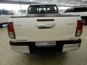 Toyota Hilux 2.8 GD-6 Raider 4X4 automaticD/C - Image 4