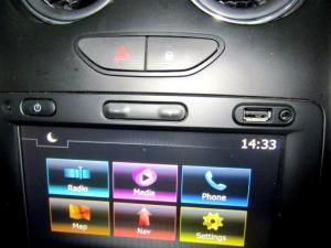 Renault Duster 1.5 dCI Dynamique 4X4 - Image 12