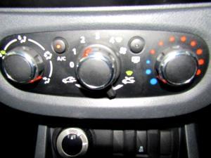 Renault Duster 1.5 dCI Dynamique 4X4 - Image 18