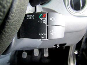Renault Duster 1.5 dCI Dynamique 4X4 - Image 22