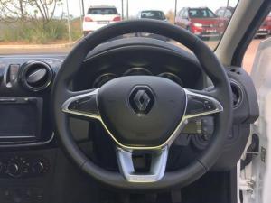 Renault Sandero 900T Stepway Plus - Image 16