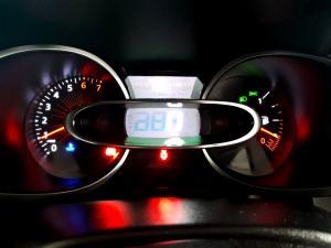 Renault Clio IV 900T Blaze LTD Edition 5-Door - Image 14