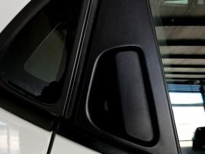 Renault Clio IV 900T Blaze LTD Edition 5-Door - Image 26