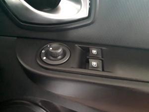 Renault Clio IV 900T Blaze LTD Edition 5-Door - Image 40