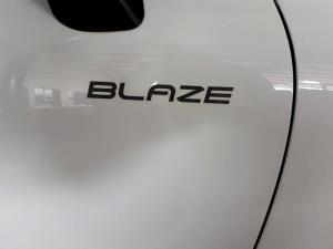 Renault Clio IV 900T Blaze LTD Edition 5-Door - Image 42