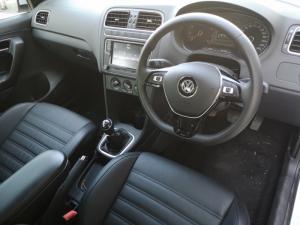 Volkswagen Polo Vivo 1.6 Highline - Image 3