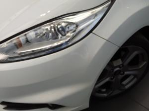 Ford Fiesta ST 1.6 Ecoboost Gdti - Image 7