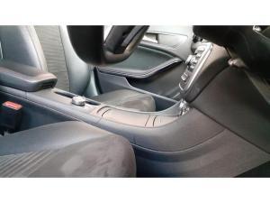 Mercedes-Benz CLA CLA180 auto - Image 10