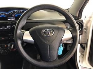 Toyota Etios Cross 1.5 Xs - Image 10