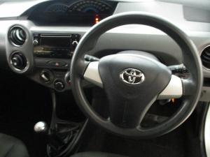 Toyota Etios 1.5 Xs/SPRINT - Image 9