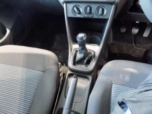 Volkswagen Polo Vivo 1.4 Comfortline - Image 18