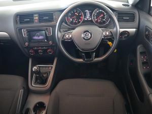 Volkswagen Jetta GP 1.2 TSi Trendline - Image 10